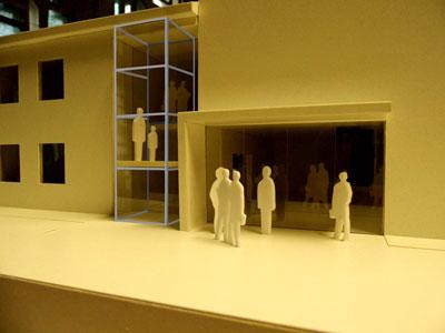 Modell vom Adventhaus Barmbek mit Aufzug